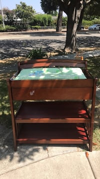 Baby changing table Newark, 94560