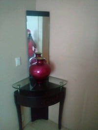black and red table lamp Miami, 33187