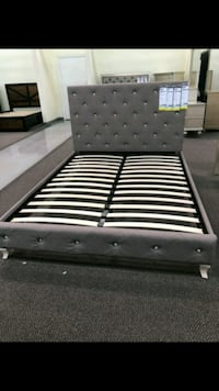 black and white bed frame Temple City, 91780