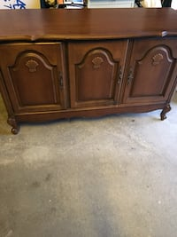 Brown French provincial sideboard Vaughan, L4J 1L5