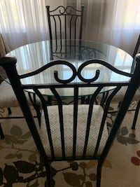 Dining table Kannapolis, 28081