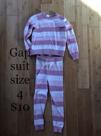 Toddler girls clothes 779 km