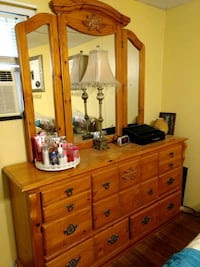 Dresser and Chest of Drawer set Panama City, 32404