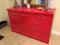 red wooden 6-drawer dresser Gainesville, 20155