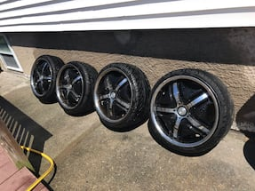 4 lug universal wheels with low profile tires