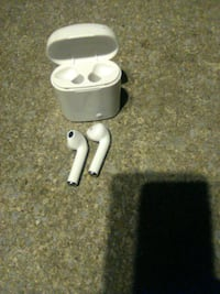 Apple air pods Martinsburg