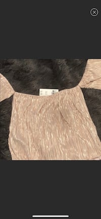 Hollister New with Tags off the shoulder top!  Brownsville, 78521