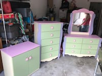 Green and pink wooden dresser with mirror Kissimmee, 34746