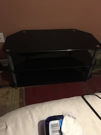 3tier black glass TV stand Barrie, L4N 3K6