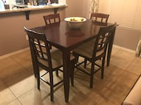 Dining room table with 6 chairs and butterfly leaf Peoria, 85383