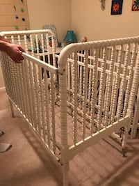 White spindle crib