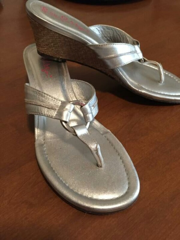 956d62dda Used Lilly Pulitzer Mckim wedge metallic silver sandal for sale in ...