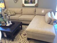 Lay-z-Boy Sectional Vaughan, L6A 4M1