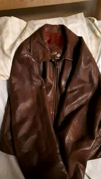 brown leather zip-up jacket Duncan, V9L 4P4