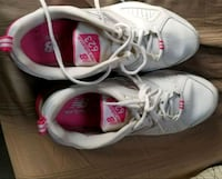 pair of white-and-pink Nike running shoes Vancouver, V5T 1V9