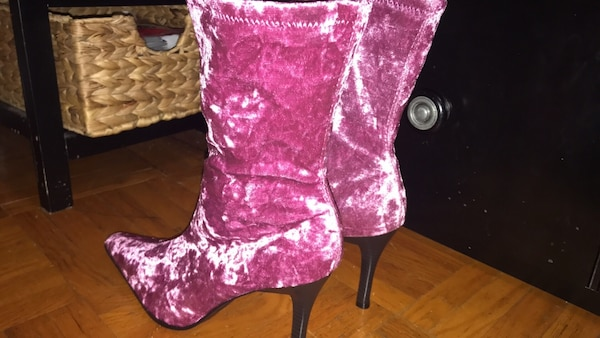 women's pink and white floral print boots
