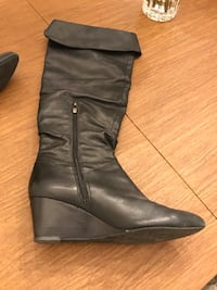 Women's leather boots size 8 1/2 Merrick, 11566