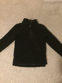 Girls black sweater.  size 12 Woodbridge, 22193