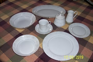Fine China Pearl Annie dinnerware