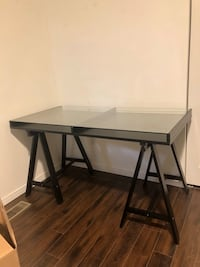 Black desk with glass top Guelph