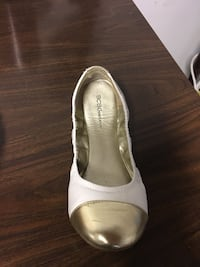pair of white leather flats Randallstown, 21133