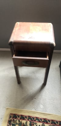 black and gray wooden side table Los Angeles, 91356