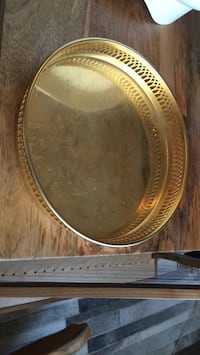 Gold plated serving tray Edmonton, T5T 7H3