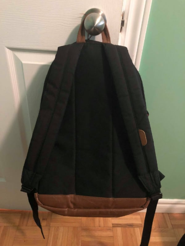 Herschel Backpack Cheap Great condition  626ad835-3e80-4965-92d1-8acc02448662