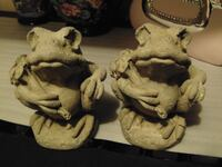 small cement frogs  Edmonton