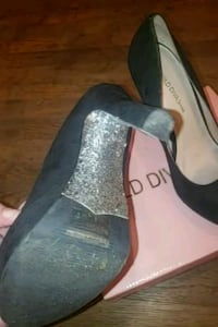 Stilettos Worn 4 times in good condition 58 km