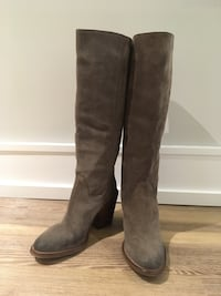 New VINCE CAMUTO SUEDE Knee-High BOOT (NWOB), Size 8 Mississauga, L5E 2S2