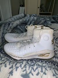Stephen Curry basketball shoes size 8 De Soto, 63020