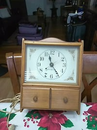 Vintage electric clock with drawer Fairfax, 22033