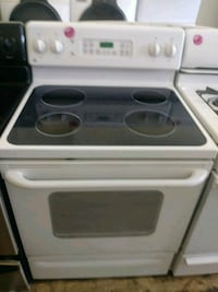 GE smooth top white electric stove Cleveland
