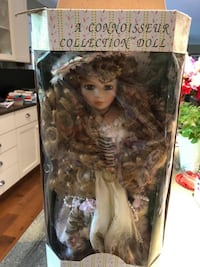 Seymour Mann collectible doll Lake Ridge, 22192