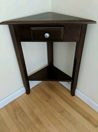 End table/ night stand