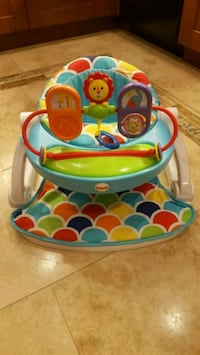 Baby entertainment chair
