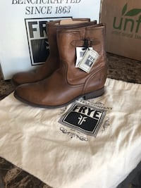 pair of brown Frye leather round toe chunky heeled boots Oklahoma City, 73118