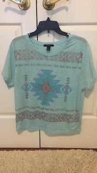 Forever 21 shirt (size small) Lititz, 17543