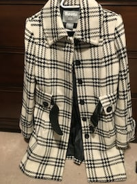 Women's white and black houndstooth roots winter coat  Toronto, M5G 1C6