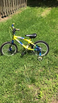 Toddler's yellow and blue bicycle with training wheels Upper Marlboro, 20772