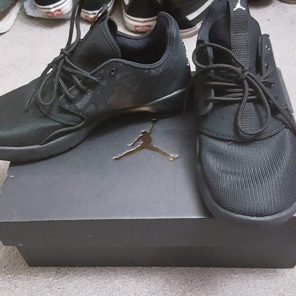 72832bc3736678 Used Jordan eclipse- black (womens) for sale in Toronto - letgo