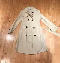 gray trench coat Beverly, 01915