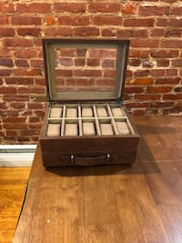 Fossil leather watch box Baltimore, 21218