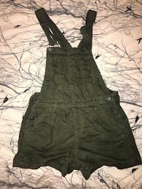 aritzia overalls and body suit Coquitlam, V3J 2N1