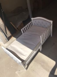 Bed for kids 1yrs thru 6yrs old. Los Angeles, 91405