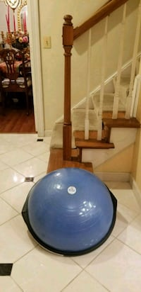Bosu ball exercise balance trainer Falls Church, 22043