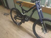 2011 specialized safari and full suspention      .  Victoria, V8W 1N3