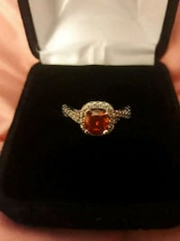 Red stone ring Peoria, 61615