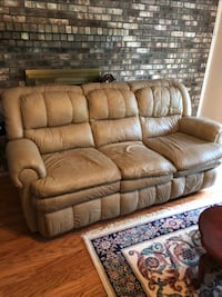 Hot Buy! 3pc Living Room Set, 3 Seat Couch, 2 Seat recliner with center console and 1 seat Recliner Carrollton, 75007